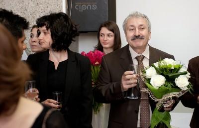 Claudiu & Oana - Cununia civilă - 28 aprilie 2012 - Pitești