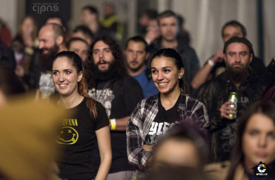 Public - #ImpreunaRezistam - Concert caritabil pentru victimele #Colectiv - Arenele Romane, București - 14 noiembrie 2015