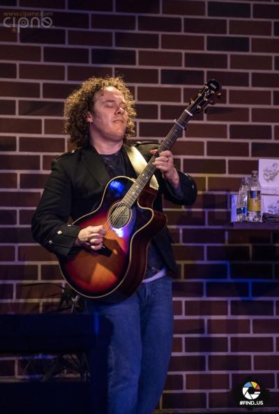 Daniel Cavanagh - 2 decembrie 2015 - Hard Rock Café