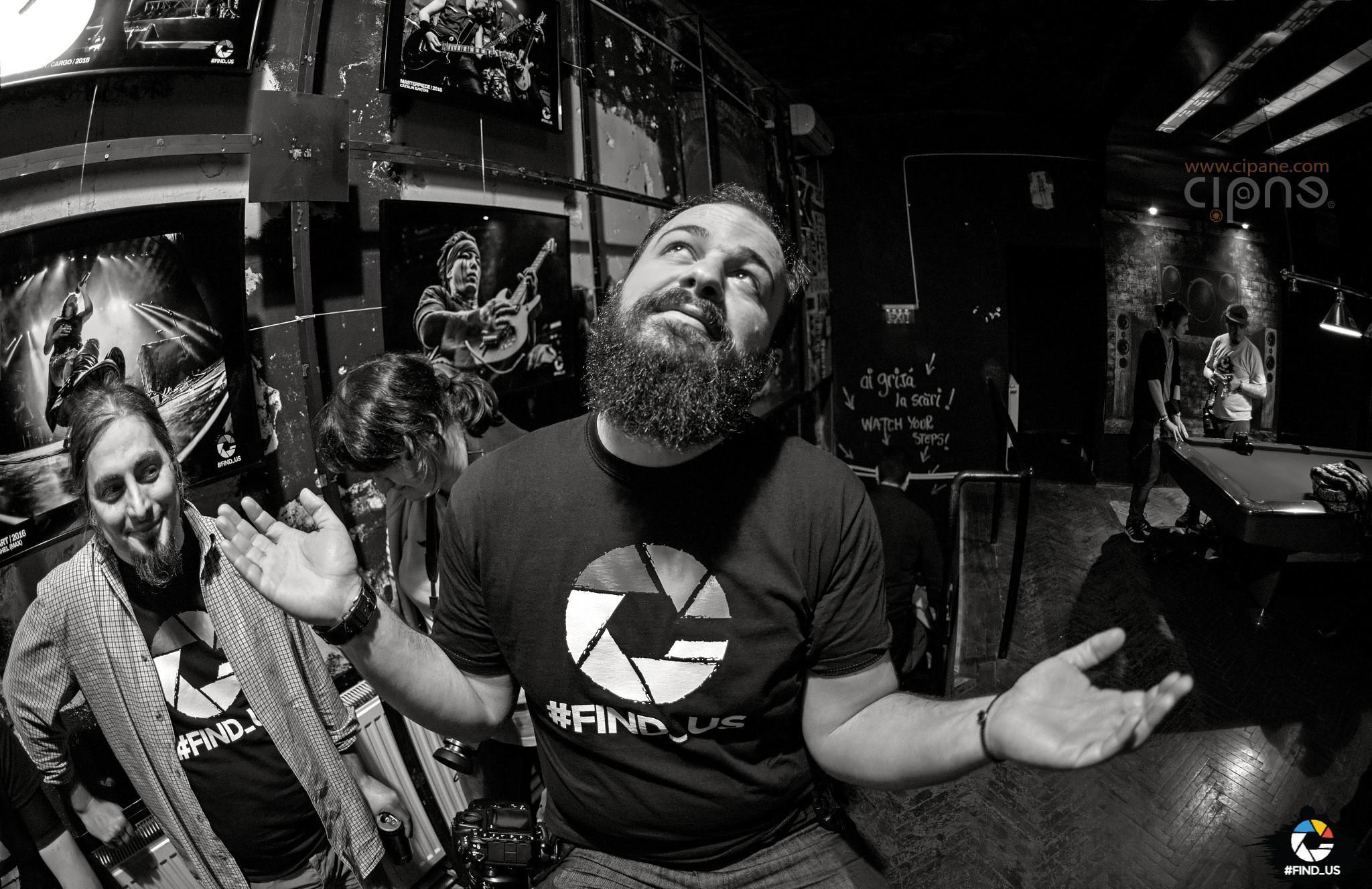 """Roadkillsoda acustic - 10 martie 2017 - Vernisajul expoziției """"#FIND_US - Best of 2016"""", Club Fabrica, București"""