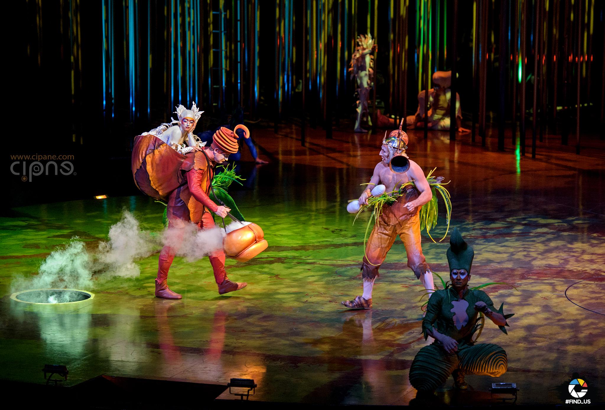 """Cirque du Soleil """"Varekai"""" - 3 mai 2017 - Romexpo, București"""
