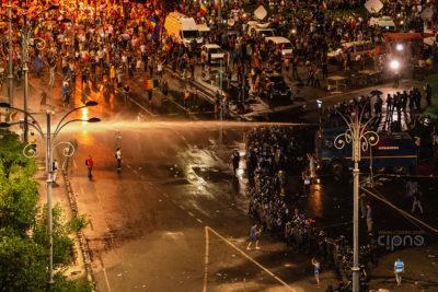 10 august 2018 - București, Piața Victoriei, ora 23:18
