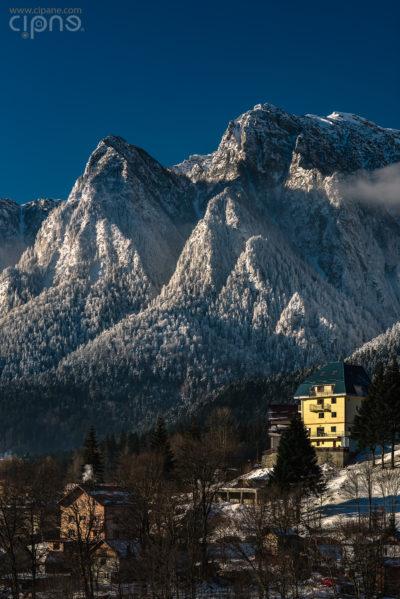 Romanian alpenglimpse