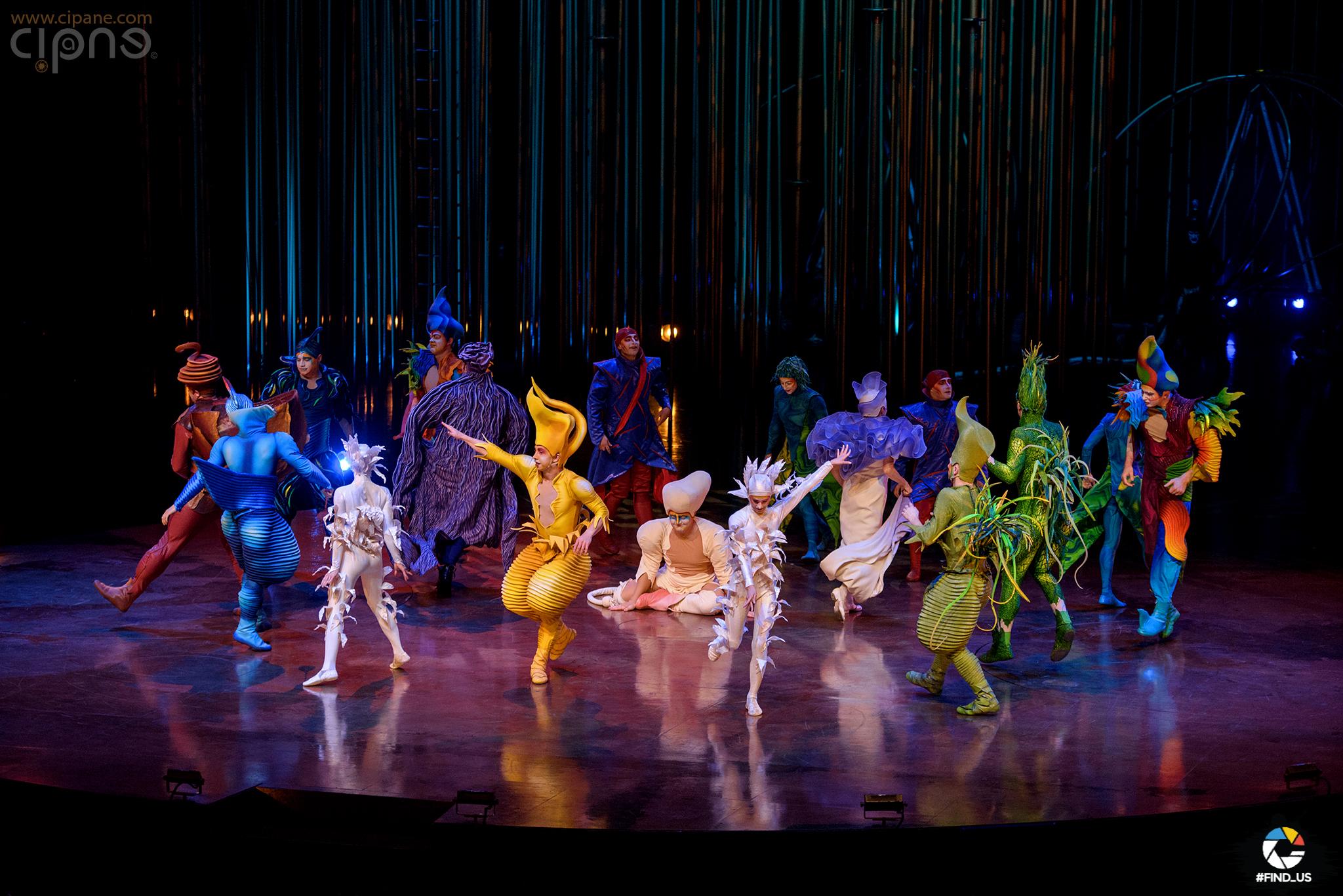 """Cirque du Soleil """"Varekai"""" @ Romexpo"""