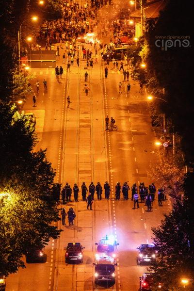 10 august 2018 - București, Piața Victoriei, ora 23:58